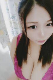 超淫乱巨乳なアイドル系ベビーフェイス美女♡ あかり